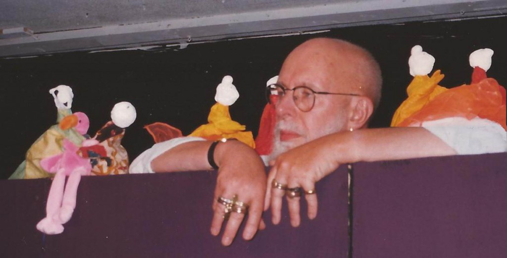 EG puppetsPENSIVE